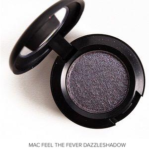 NWT MAC Cosmetics Feel The Fever Dazzleshadow Eye